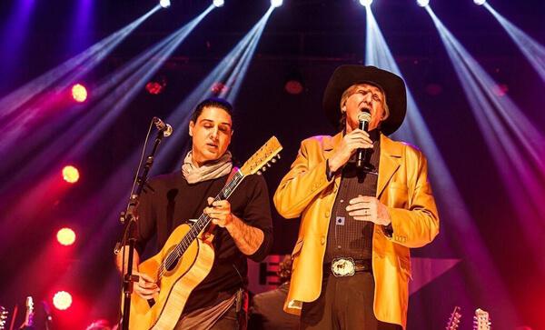 Megaevento terá show com Sérgio Reis e filho